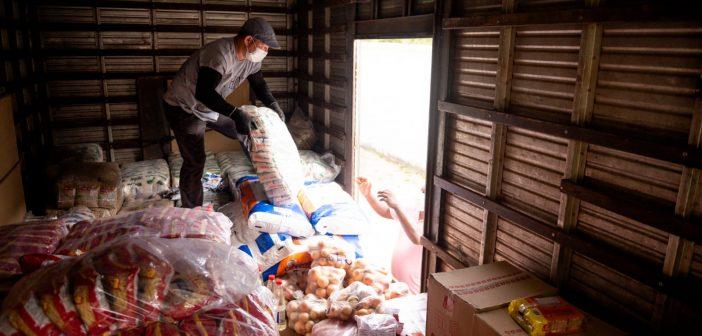 Prefeitura inicia entrega de alimentação escolar em unidades de ensino municipais